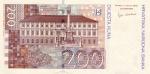 200 Kroatijos kunų.